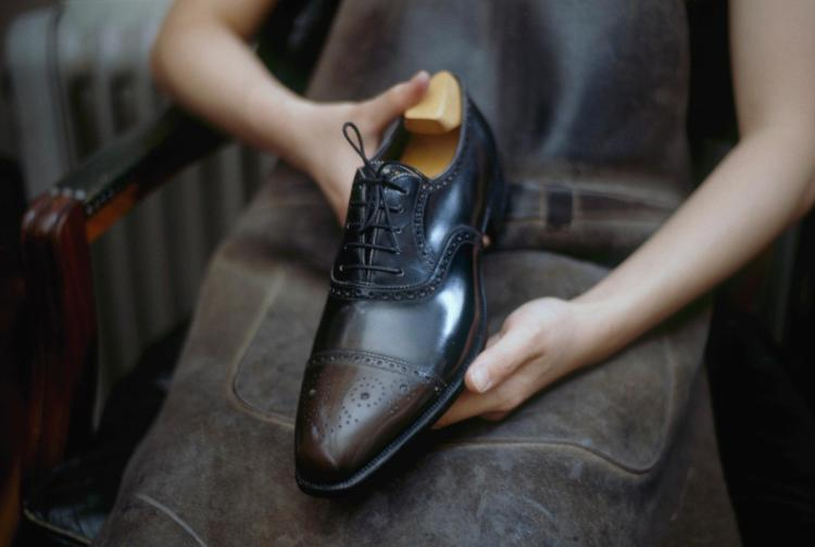 BESPOKE SET: SHOES, BELT AND WALLET MADE FROM ONE SKIN | Foster and Son