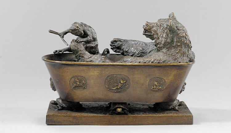 CHRISTOPHE FRATIN FRENCH, 1800-1864 OURS ET SINGE PÉDICURE (A BEAR IN THE BATH HAVING ITS TOENAILS