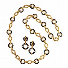18 KARAT GOLD, ONYX AND DIAMOND NECKLACE AND EARCLIPS, VAN CLEEF & ARPELS