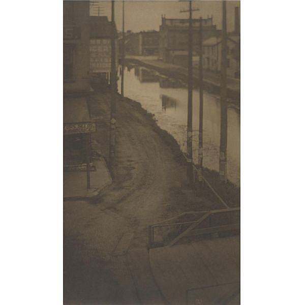 - Clarence H. White , 1871-1925 telegraph poles