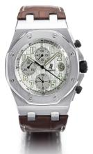 AUDEMARS PIGUET   A STAINLESS STEEL AUTOMATIC CHRONOGRAPH WRISTWATCH WITH DATE AND REGISTERS<br />CASE F14421 NO 4709 ROYAL OAK OFFSHORE CIRCA2010