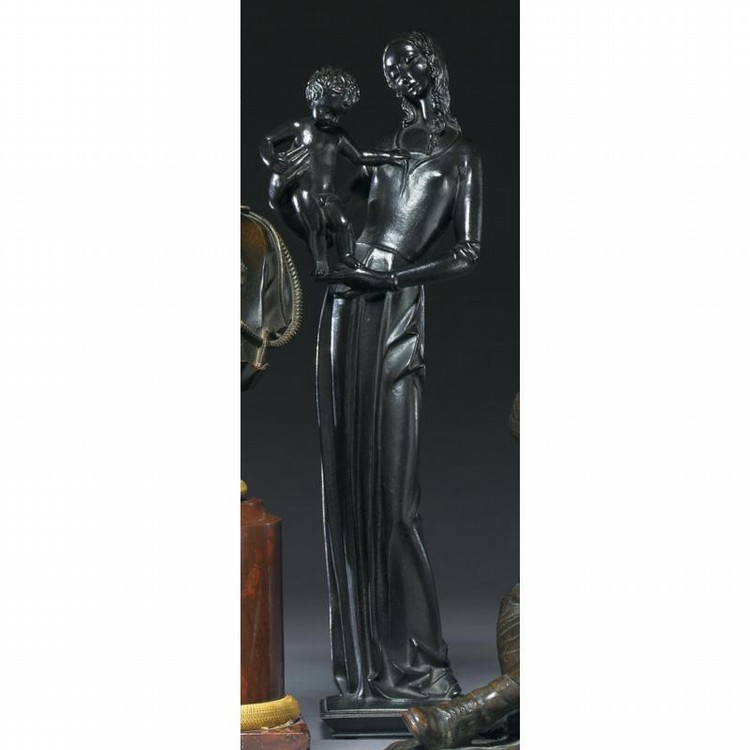 HEINRICH FRIEDRICH MOSHAGE (1896) A STYLIZED CAST-IRON FIGURE OF THE MADONNA AND CHILD, CIRCA 1930
