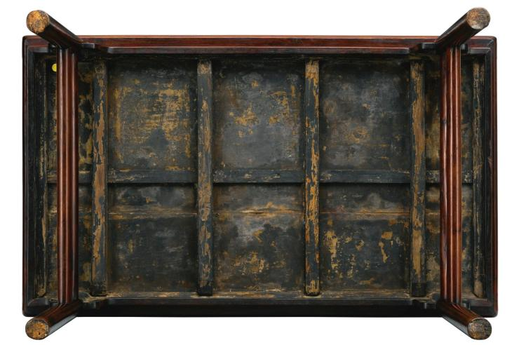 A SMALL HUANGHUALI RECESSED-LEG PAINTING TABLE, PINGTOUAN LATE MING DYNASTY  