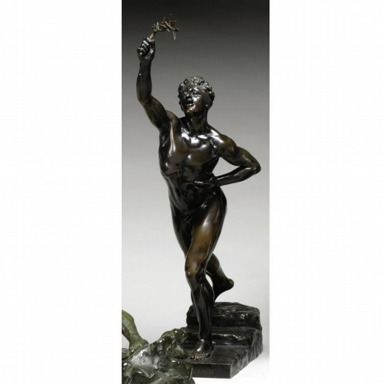 A PATINATED BRONZE FIGURE OF THE MARATHON RUNNER, MAX KRUSE (1854 - 1942)