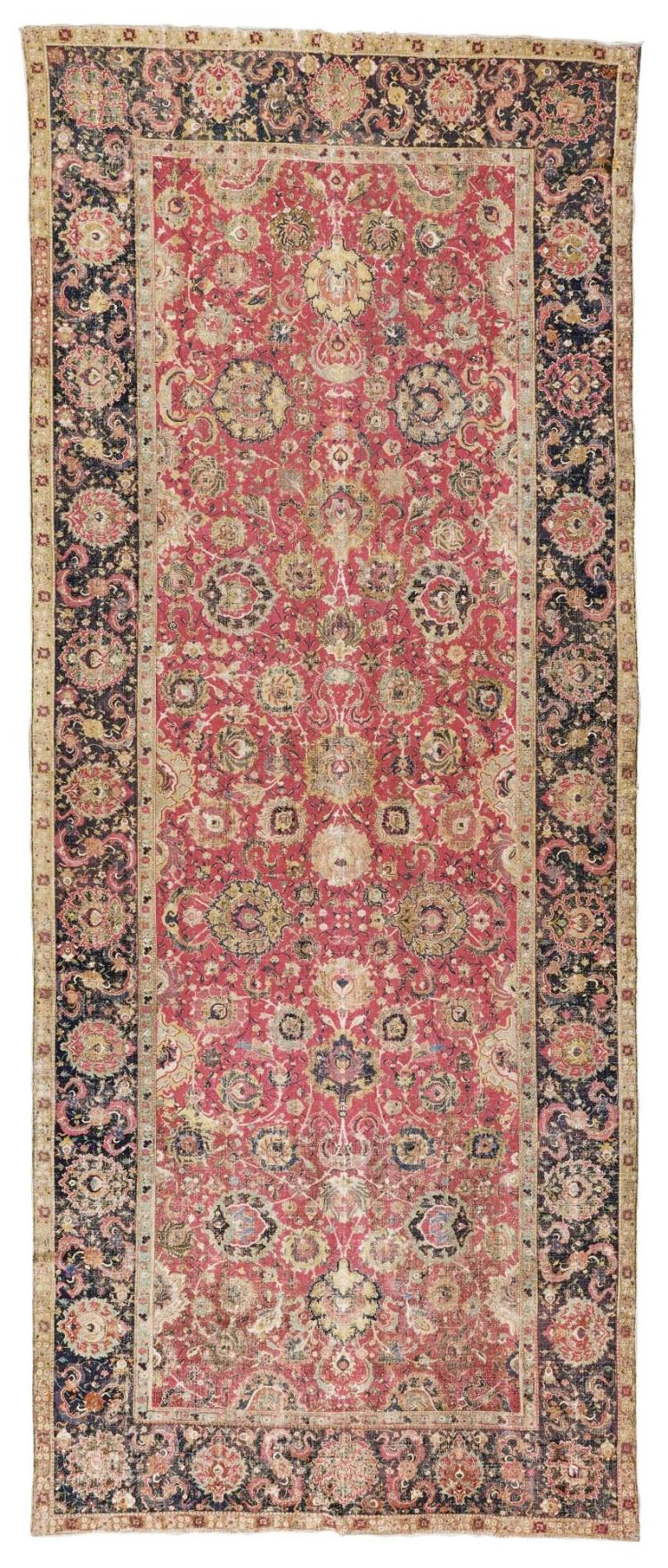 A CENTRAL PERSIAN GALLERY CARPET, POSSIBLY ISPHAHAN |