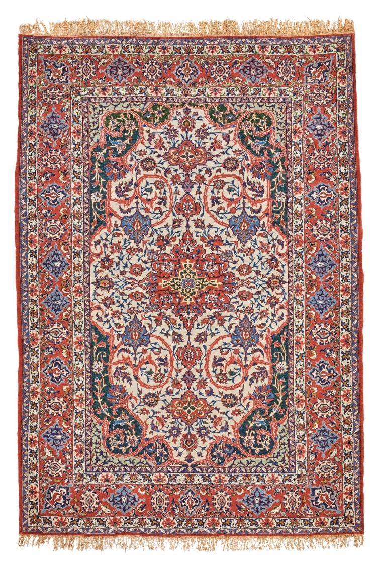 A PAIR OF ISPHAHAN RUGS, CENTRAL PERSIA |