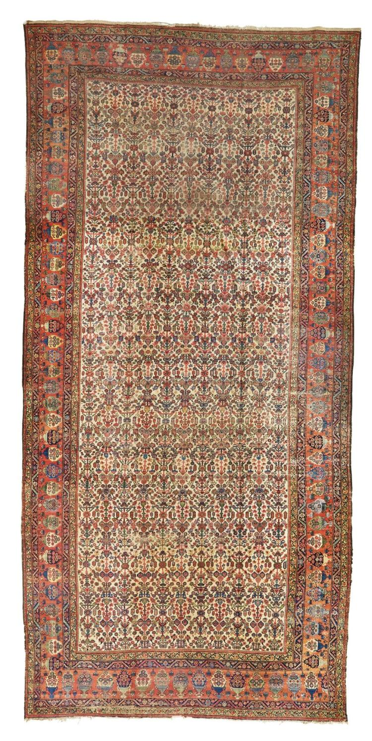 A FERAGHAN CARPET, NORTHWEST PERSIA |