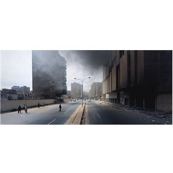 - Luc Delahaye (b. 1962) , Baghdad IV, 2003