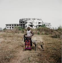 PIETER HUGO | Mohammed Rabiu with Jamis, Ibusa, Nigeria,The Hyena and Other Menseries II, 2007