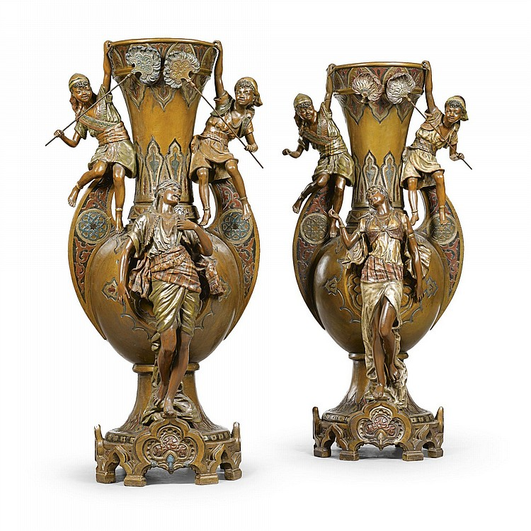 LOUIS HOTTOT A PAIR OF POLYCHROME DECORATED VASES 20TH CENTURY