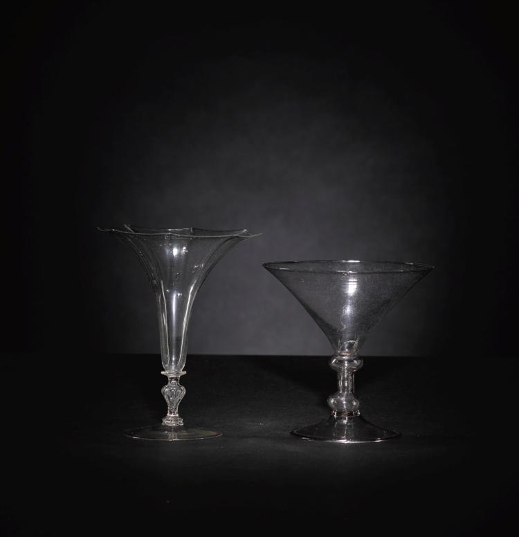 TWOFAÇON DE VENISE WINE GLASSES, 17TH CENTURY |