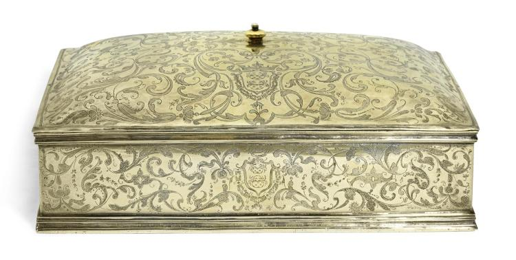 A SPANISH SILVER-GILT BOX AND COVER, UNMARKED, FIRST HALF OF THE 17TH CENTURY |