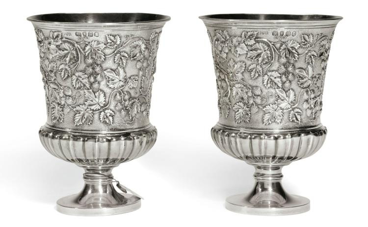 A PAIR OF GEORGE IV SILVER CUPS, PHILIP RUNDELL FOR RUNDELL, BRIDGE & RUNDELL, LONDON, 1820  