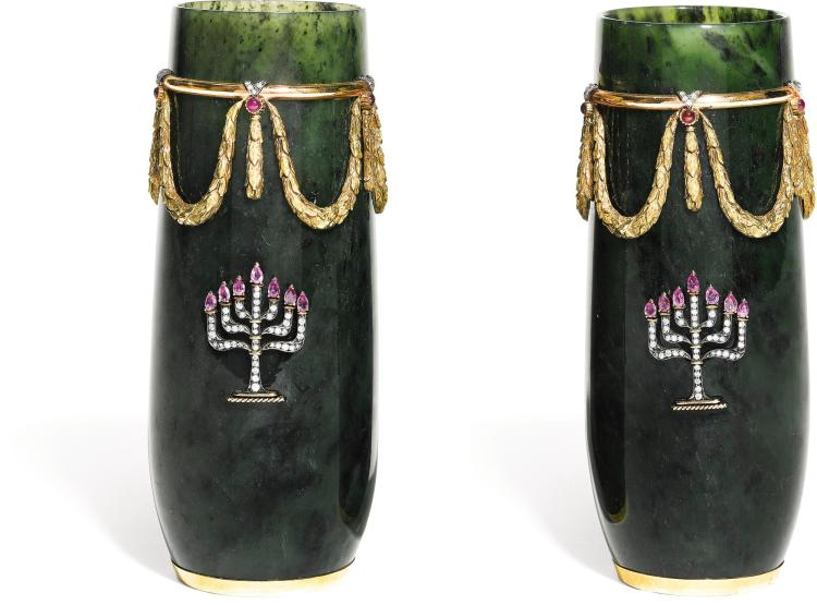 A PAIR OF NEPHRITE VASES WITH JEWELLED MOUNTS, S. RUDLE FOR TANAGRO, NEW YORK, CIRCA 1970 | A pair of nephrite vases with jewelled mounts, S. Rudle for Tanagro, New York, circa 1970