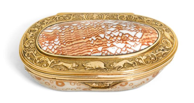 A GOLD-MOUNTED SHELL SNUFF BOX, PROBABLY ENGLISH OR DUTCH, CIRCA 1730   A gold-mounted shell snuff box, probably English or Dutch, circa 1730