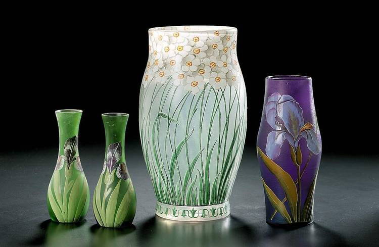 AN F. HECKERT ENAMELLED GLASS VASE TOGETHER WITH THREE OTHER ENAMELLED GLASS VASES CIRCA 1910