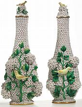 A PAIR OF MEISSEN 'SCHNEEBALLEN' VASES AND COVERS<BR>LATE 19TH CENTURY |