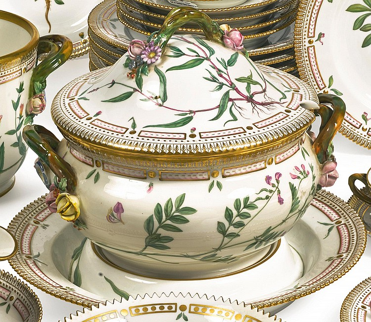 A ROYAL COPENHAGEN 'FLORA DANICA' CIRCULAR SOUP TUREEN, COVER AND STAND MODERN |
