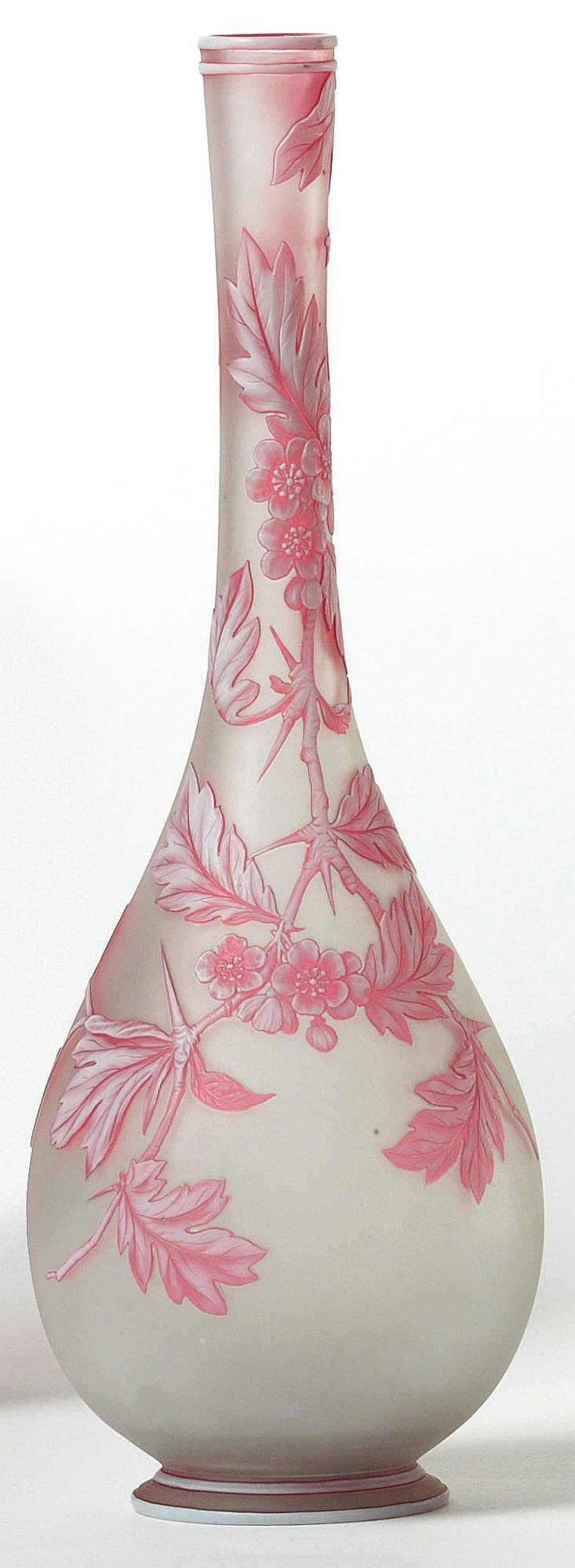 A THOMAS WEBB THREE-COLOUR CAMEO GLASS BOTTLE VASE<BR>CIRCA 1890 |