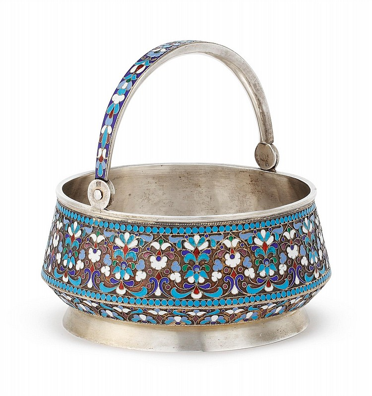 A RUSSIAN SILVER AND CLOISONNÉ ENAMEL HANDLED BASKET, MOSCOW, 1899-1908 |