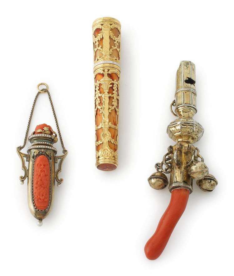 AN ENGLISH GOLD-MOUNTED ETUI AND AUSTRIAN GOLD-MOUNTED CORAL SCENT BOTTLE, CIRCA 1760 AND CIRCA 1880 |