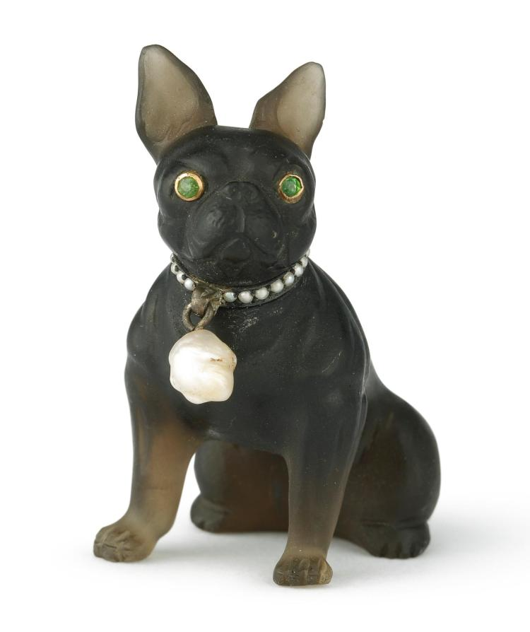 A CARVED QUARTZ AND JEWELED FIGURE OF A FRENCH BULLDOG, EARLY 20TH CENTURY |