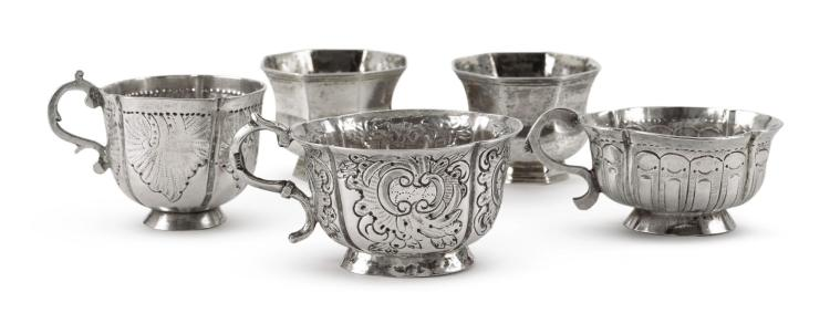 GROUP OF FIVE RUSSIAN SILVER CHARKAS, 18TH CENTURY |