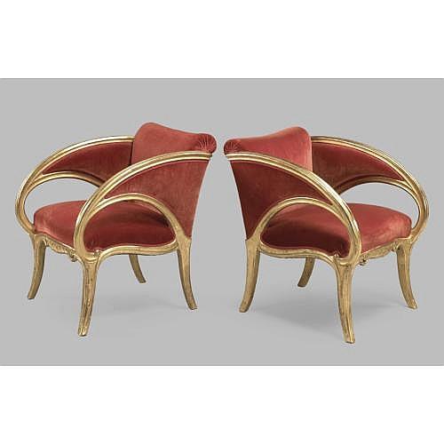 Antonio Gaudi (1852 - 1926) & Juan Busquets (1874 - 1949) , Paire de fauteuils à dossier bas