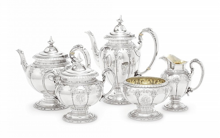 AN AMERICAN SILVER ROYAL WINDSOR PATTERN FIVE-PIECE TEA AND COFFEE SET, TOWLE SILVERSMITHS, NEWBURYPORT, MA, MID 20TH CENTURY |