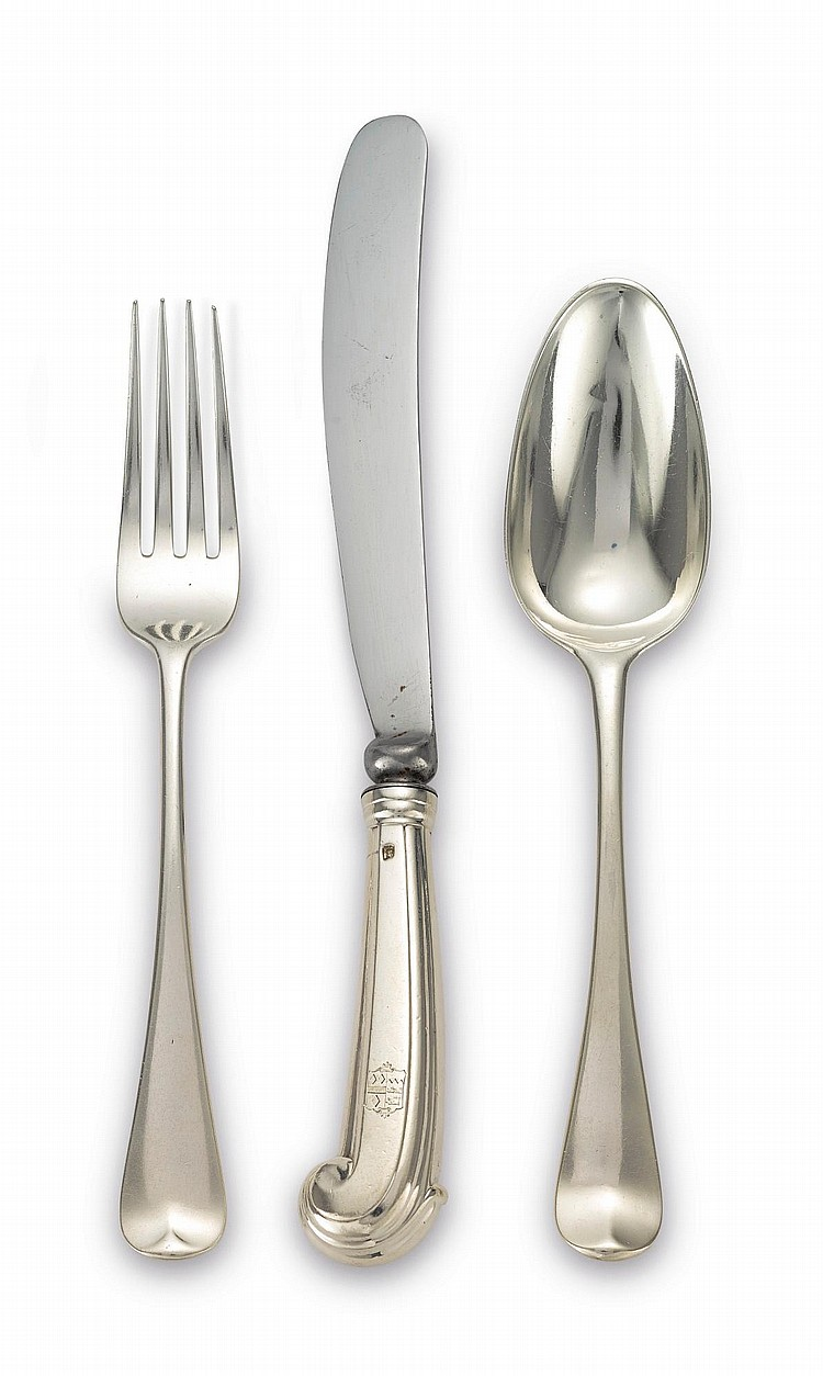 AN ASSEMBLED ENGLISH SILVER OLD ENGLISH PATTERN FLATWARE, LONDON, 18TH-20TH CENTURY |