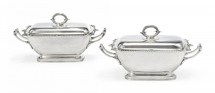 A PAIR OF GEORGE III SILVER SAUCE TUREENS, T. & J. GUEST AND JOSEPH CRADOCK, LONDON, 1809 |