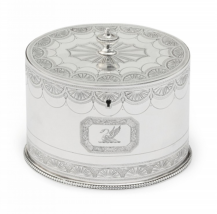 A GEORGE III SILVER TEA CADDY, HESTER BATEMAN, LONDON, 1780 |