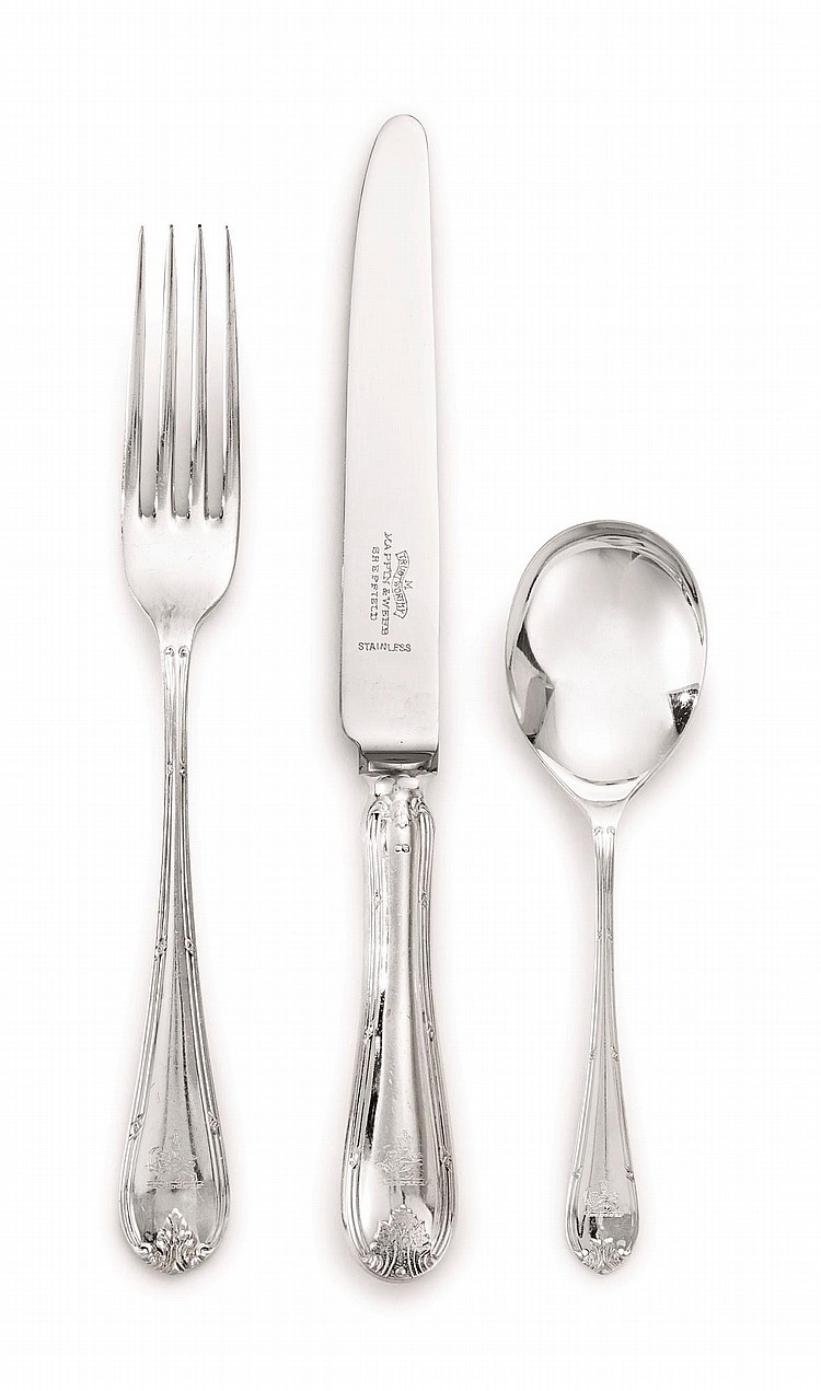 AN ENGLISH SILVER FLATWARE SERVICE, MAPPIN & WEBB LTD., SHEFFIELD, 1973 AND CIRCA |