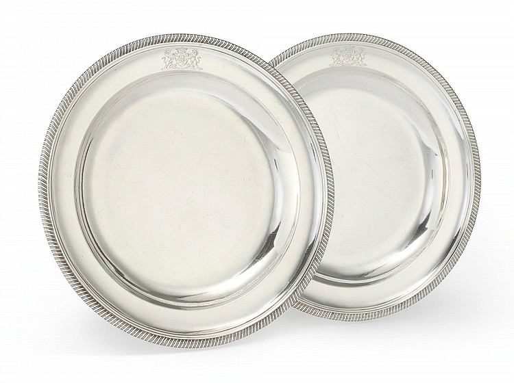 A PAIR OF GEORGE III SILVER SECOND COURSE DISHES, ROBERT SHARP, LONDON, 1802 |
