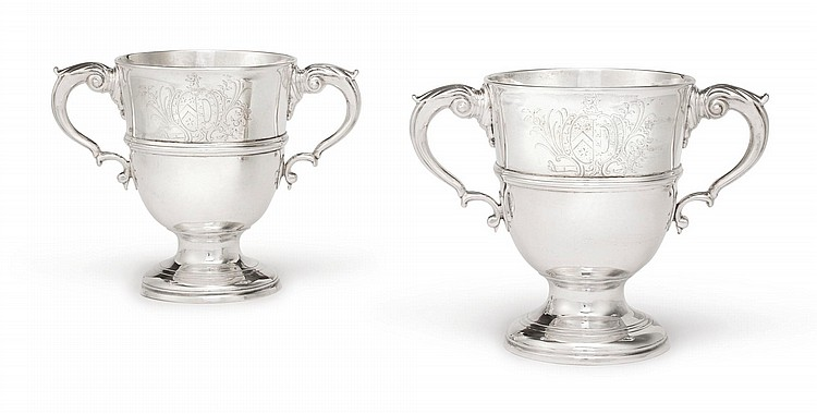 A PAIR OF IRISH SILVER TWO-HANDLED CUPS, CHARLES LESLIE, DUBLIN, CIRCA 1750 |