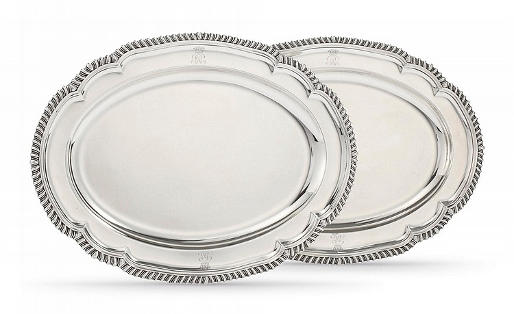 A PAIR OF GEORGE III SILVER OVAL MEAT PLATTERS, WILLIAM FOUNTAIN, LONDON, 1806 |