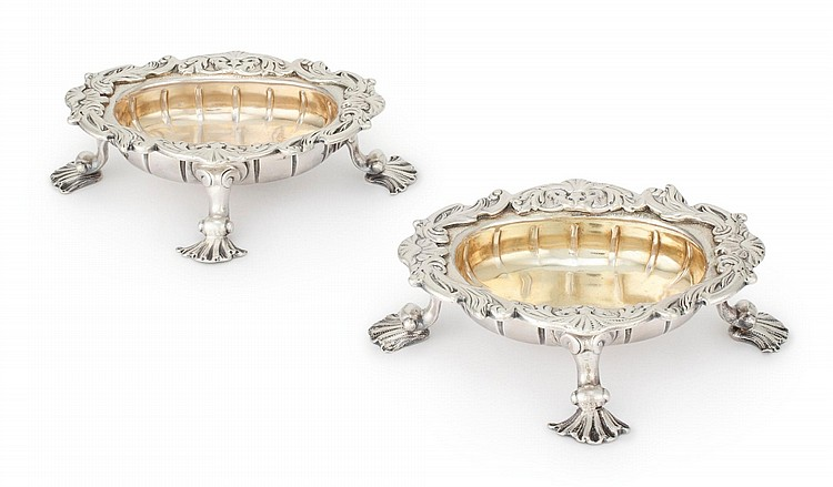 A PAIR OF GEORGE II SILVER SALTS, LONDON, 1736 |