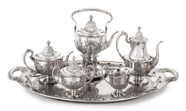 AN AMERICAN SILVER FIVE-PIECE TEA AND COFFEE SERVICE WITH MATCHING TRAY, TIFFANY & CO., NEW YORK, CIRCA 1903 |