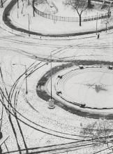 ANDRÉ KERTÉSZ | Washington Square, New York