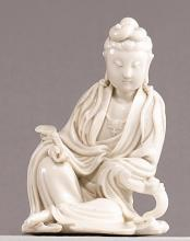 A 'DEHUA' FIGURE OF A SEATED GUANYIN<BR> QING DYNASTY, 19TH CENTURY |