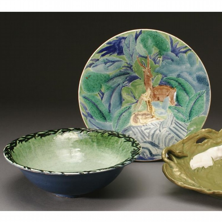AN ALICE COLONIEU DEER PLATE TOGETHER WITH A MAX LAUGER DISH, SECOND QUARTER 20TH CENTURY