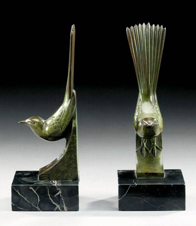A PAIR OF ART DECO BRONZE BIRD BOOKENDS BY GEORGES LAVROFF, RUSSIAN, BORN 1895