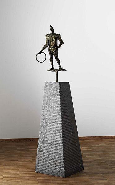 - Remo Rossi 1909 - 1982 , PAGLIACCIO, 1971   THE CLOWN, 1971 Bronzefigur auf Granitsockel
