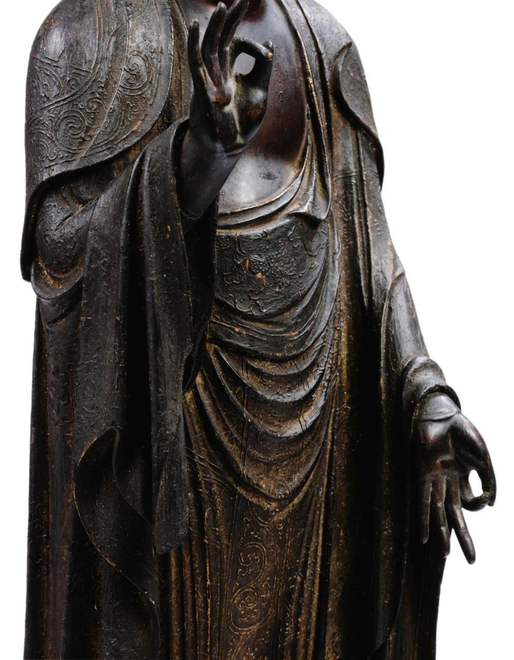 IMPORTANTE STATUETTE DU BOUDDHA AMIDA NYORAIEN BOIS SCULPTÉ ET LAQUÉ D'OR JAPAN, EPQOUE KAMAKURA, PREMIERE MOITIÉ DU XIIIE SIÈCLE  