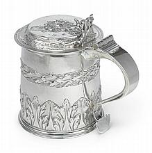 A CHARLES II SILVER TANKARD, MAKER'S MARK EL (JACKSON, 1989, P. 123), LONDON, 1680 |