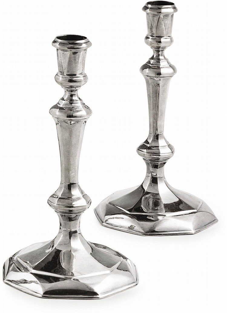 A PAIR OF EARLY GEORGE I SILVER OCTAGONAL CANDLESTICKS, THOMAS MERRY, LONDON, 1714 |