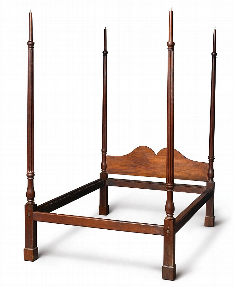 FINE CHIPPENDALE CARVED MAHOGANY MARLBOROUGH-FOOTED BEDSTEAD, PHILADELPHIA, CIRCA 1760 |