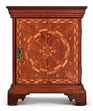 VERY RARE CHIPPENDALE COMPASS-INLAID WALNUT, RED CEDAR, LOCUST AND HOLLY SPICE BOX, PROBABLY CHESTER COUNTY, PENNSYLVANIA, CIRCA 1760 |