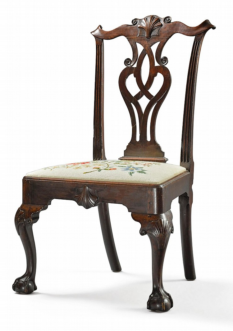 FINE CHIPPENDALE CARVED MAHOGANY SIDE CHAIR, PHILADELPHIA, CIRCA 1770 |