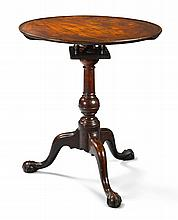 VERY RARE CHIPPENDALE CARVED MAHOGANY DISH-TOP TILT-TOP CANDLESTAND, PENNSYLVANIA, CIRCA 1770 |